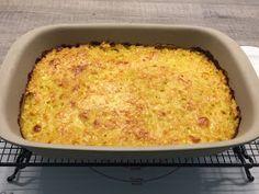 Putenschnitzel mit Röstikruste - All in One Gericht aus der klassischen Ofenhexe         Zutaten:        150 g Emmentaler Käse in ...