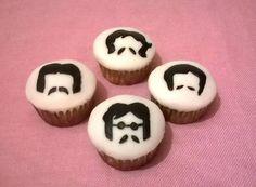 Cupcakes The Beatles en fondant, pintados a mano
