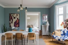 〚 Bright and lively home in the 1910 building in Malmo 〛 ◾ Photos ◾Ideas◾ Design Best Interior, Modern Interior, Interior And Exterior, Interior Design, Scandinavian Apartment, Scandinavian Design, Gravity Home, Light Blue Walls, Living Spaces