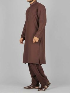 Here is the latest Pakistani men kurta shalwar kameez designs by top Pakistani designers. All of latest men kurta design for men are shown with pictures. Trendy Fashion, Latest Fashion, Mens Fashion, Gents Kurta, Man Dressing Style, Kurta Designs, Shalwar Kameez, Pakistani Dresses, Men's Clothing
