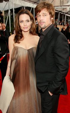 Brad Pitt from 2020 SAG Awards Nominees' First Red Carpets Amid his romance with Angelina Jolie, Pitt attended the 2008 SAG Awards to support his leading lady. Angelina Jolie Pregnant, Sag Awards, Brad Pitt, Role Models, Couple Goals, Actors, Couples, Jolie Pitt, Lady