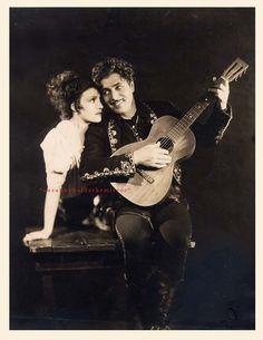 """Warner Baxter (1889-1951) & Conchita Montenegro (1912-2007) """"Cisko Kid"""" - 1928"""