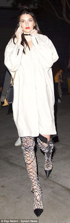 Added extras:Kendall accessorized her look with an on-trend choker and a stunning Saint Laurent bag