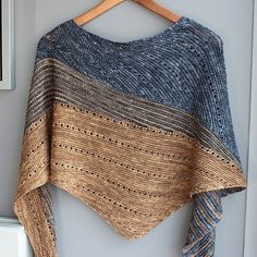 Asymmetrical shawl worked in garter stitch. The design elements of color, shaping and textured stitches make it a true original pattern. Knitted Shawls, Crochet Shawl, Knit Crochet, Knitting Stitches, Knitting Designs, Knitting Patterns, Vogue Knitting, Shawl Patterns, Knitting Accessories