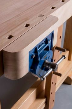 "Peter Cowper, Workbench – European Beech, Walnut & Macrocarpa Source by Related posts: Woodworking Workbench How to … Continue reading ""Peter Cowper, Workbench – European Beech, Walnut & Macrocarpa"