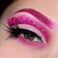 """67 Likes, 1 Comments - Klara Cosmetics (@klaracosmetics) on Instagram: """" Loving this creative pink cut crease eyeshadow look ⠀ Want to create this yourself? Just use our…"""""""