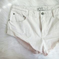 Nwot FREE PEOPLE denim shorts NEW never worn free people shorts. Off white almost super light khaki in color.  Bundle for best deals!! Lots of items available starting at $5! Hundreds of items available for discounted bundles! You can get lots of items for a low price and one shipping fee!  Follow on IG: @the.junk.drawer Free People Shorts Jean Shorts