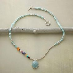 OFF CENTER NECKLACE