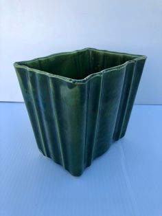 Excited to share this item from my #etsy shop: Vintage, Upco, Glossy Green, Pottery Planter, Rare, USA, Roseville, Ohio, Vertical, Rectangular Pottery Vase with Scalloped Rim, Rib Sides #green #vintagepottery #vintageplanter #usapotteryplanter #ungemachpotteryco #artdecoplanter #artdecopottery #collectibleplanter #collectiblepottery Sides For Ribs, Rib Sides, Pottery Vase, Roseville Ohio, Art Deco, Vintage Planters, Vintage Pottery, Vintage Colors, Usa