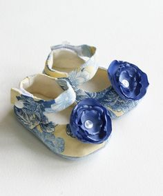 Mary Jane Baby Shoes  Infant Shoes  Soft by revolutionarysoul, $28.00