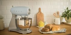 Tilt-Head Stand Mixer by Smeg on Zola Kitchen Aid Mixer, Kitchen Utensils, Kitchen Appliances, Kitchen Retro, Kitchen White, Country Kitchen, Smeg Stand Mixer, Domestic Appliances, Range Cooker