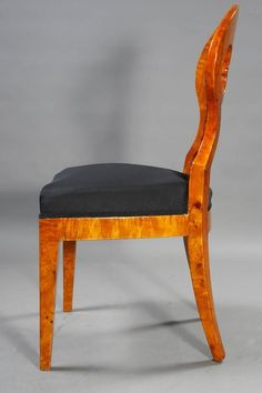 biedermeier stílusú bútorok