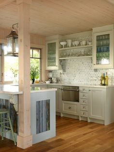small beach house kitchen designs | little beach kitchen | Interior Design *Beach House