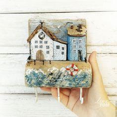 Купить Ключница/вешалка 'Приморский бульвар' домики у моря - белый, домики, домик на море, приморский городок