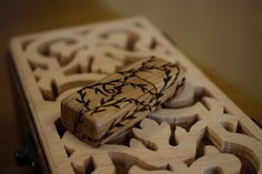 Making Wooden Usb Scroll Saw, Pyrography, Woodworking Projects, Usb, Videos, Desserts, Youtube, Crafts, Food