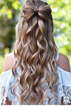50 Gorgeous Half Up Half Down Hairstyles Perfect for Prom or A Formal Event (Sim. 50 Gorgeous Half Up Half Down Hairstyles Perfect for Prom or A Formal Event (Simple Bridesmaid Hair) Down Hairstyles, Braided Hairstyles, Wedding Hairstyles, Gorgeous Hairstyles, Hairstyles 2018, Trendy Hairstyles, Blonde Hairstyles, Teenage Hairstyles, Bridesmaid Hairstyles