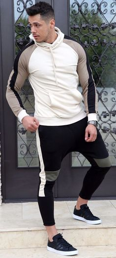 Trening `HOOD` - BEJ - haine barbati Sporty, Collection, Fashion, Moda, Fashion Styles, Fashion Illustrations, Fashion Models