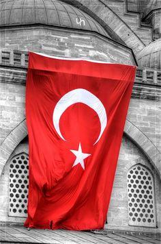 #istanbul ve #turkbayragi #flag #turkishflag #bayrak #Turk #Turkiye #Turkey #30agustos #zaferbayrami