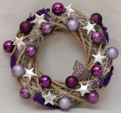 Vánoční věnec Simple Christmas, Christmas Time, Christmas Crafts, Christmas Decorations, Christmas Ornament Wreath, Xmas Wreaths, Handmade Ornaments, Diy Wreath, Diy And Crafts