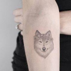 By Lindsay April, done at Fabrizio Divari Art, Toronto…. Inner Forearm Tattoo, Forearm Tattoos, Body Art Tattoos, Small Tattoos, Tatoos, Z Tattoo, Tattoo Shop, Tattoo Drawings, Wolf Girl Tattoos