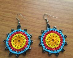 Colorful beaded earrings 1.5 diameter por ArtesaniasBatyah en Etsy