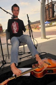 George Dennehy is an inspiring guitarist who was born without arms, but plays classical string music with his feet. He opened for the Goo Goo Dolls at Musikfest on Aug. 7 2012. [Read his story]