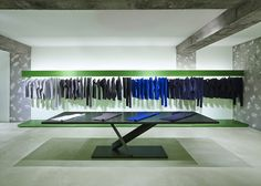 Issey Miyake: Issey Miyake's latest retail venture comes in the form of the Reality Lab. Issey Miyake pop-up in Issey Miyake, Retail Interior Design, Retail Store Design, Boutique Design, A Boutique, Tokyo Design, Restaurants, Design Blog, Retail Space
