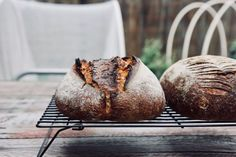 Honey, oat + spelt sourdough | The Swirling Spoon