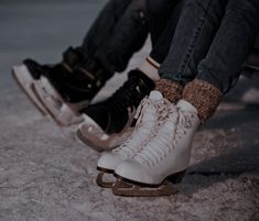Ice Aesthetic, Character Aesthetic, Ice Skating, Figure Skating, Air Max Sneakers, Sneakers Nike, Figure Ice Skates, Skater Boys, Blue Ivy