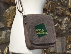 Trachtentasche, Dirndltasche aus Wollfilz von FilzdesignBruckner auf DaWanda.com