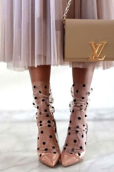 8 Stylish ways of wearing socks with heels, Socks and Sandals great ideas.and right on trend. Have a look & be inspired.stylish ways of wearing socks Trend Fashion, Fashion Details, Autumn Fashion, Womens Fashion, Fashion Today, High Heels Boots, Socks And Sandals, Heels With Socks, Lace Heels