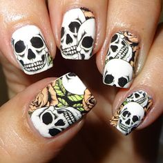Wendy's Delights: Skull & Roses water decals from Lady Queen, FREE SHIPPING & 15% DISCOUNT CODE USE AELC15 AT CHECKOUT! @ladyqueenblog @ladyqueenbeauty #nailart #waterdecals #skulls