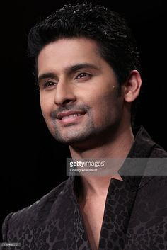 Ravi Dubey walks the runway in a Gitanjali design at the India International Jewellery Week 2012 Day 1 at the Grand Hyatt on on August 2012 in Mumbai, India. Get premium, high resolution news photos at Getty Images Ravi Dubey, Surya Actor, Grand Hyatt, Indian Celebrities, Tvs, Bollywood, December, Celebrity, Actresses