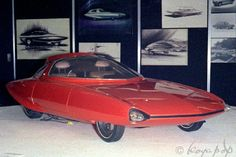 Four-Links – Stude in need of rhinoplasty, Mopar show cars, Toyota's dreaming, streamlined van
