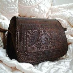 Authentic Moroccan leather bag from Moroccan Corridor