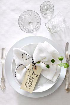Wedding Business Advertising for Wedding Vendors Deco Table Noel, Table Setting Inspiration, Christmas Table Settings, Napkin Folding, Elegant Table, Fall Table, Decoration Table, Dinner Table, Wedding Table