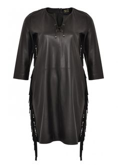 We round up some the best plus size clothing designers in your guide to your new… Obsessed with this LEATHER DRESS from Yoek - #plussize #fashion
