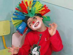 Circus Activities, Circus Crafts, Vbs Crafts, Color Activities, Crazy Hat Day, Crazy Hats, Circus Theme, Circus Party, Kid Costume