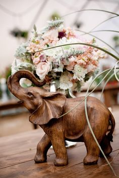 Vintage World Wedding elephant decor