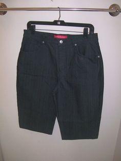 Gloria Vanderbilt Women's 14 P Bermuda/Walking Shorts Black 5 Pocket NWOT #GloriaVanderbilt #BermudaWalking