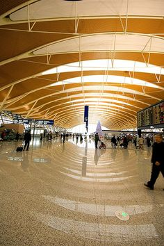 shanghai airport (PVG)  #carhire #airportcarrental  http://www.car-booker.com/airport-car-rental-guide/