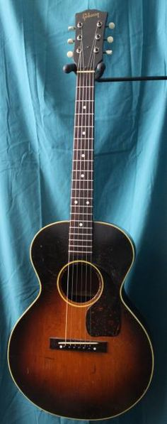 1948 Gibson Acoustic Guitar this would sound awesome! Gibson Acoustic, Gibson Guitars, Acoustic Guitars, Ukulele, Musical Instruments, Awesome, Amazing, Musicals, Scale