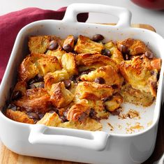 Hot chocolate with banana - Clean Eating Snacks Bread Pudding With Croissants, Croissant Bread, Chocolate Croissant, Bread Puddings, Irish Recipes, Greek Recipes, Italian Recipes, Custard Pudding, Pudding Recipes