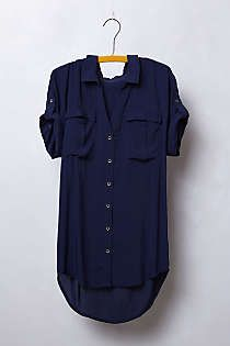 Fun tunic with great arm coverage. Pair with shorts, skirts, pants, or denim.
