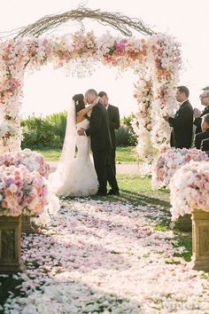 WedLuxe – Pink & Cream California Wedding   Photography by: Victor Sizemore Photography Follow @WedLuxe for more wedding inspiration!