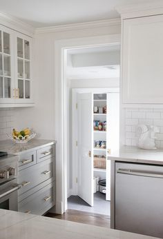 Bianco Macabus Quartzite Countertops - Transitional - kitchen - Benjamin Moore Cape May Cobblestone - Erin Gates Design Country Look, Master Suite Addition, Painting Bathroom Cabinets, Cabinet Paint Colors, Buying A New Home, Elements Of Style, Custom Cabinetry, Kitchen And Bath, Gold Kitchen