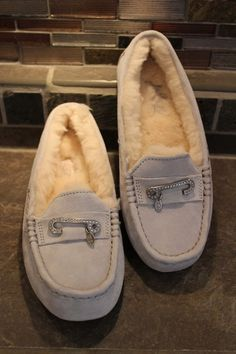 1ff99cfbefc 32 Best Slippers images in 2019