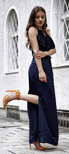 #summer #outfits Rocking This Darkblue Dress On A Tuesday - Why The Hell Not💥from The Latest @dorothyperkins Collection Via @zalando💭