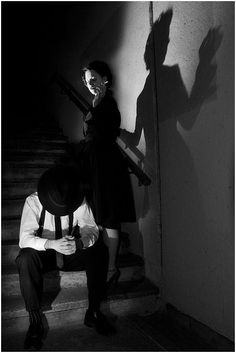 Head boss finds out about the whole scandal being leaked Film Noir Fotografie, Film Noir Photography, Fritz Lang, Chiaroscuro, The Villain, Black And White Pictures, Dieselpunk, Light And Shadow, Color Negra
