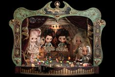 """The circus performance in the Medianoche Theater    The Tale of """"Le Cirque des Curiosités"""" by """"Rebeca Cano - Cookie dolls""""    https://www.facebook.com/CookieDolls    Find it in the 4th issue of Tiny Feet Magazine.    http://www.tinyfeetmag.com/    © All rights reserved"""
